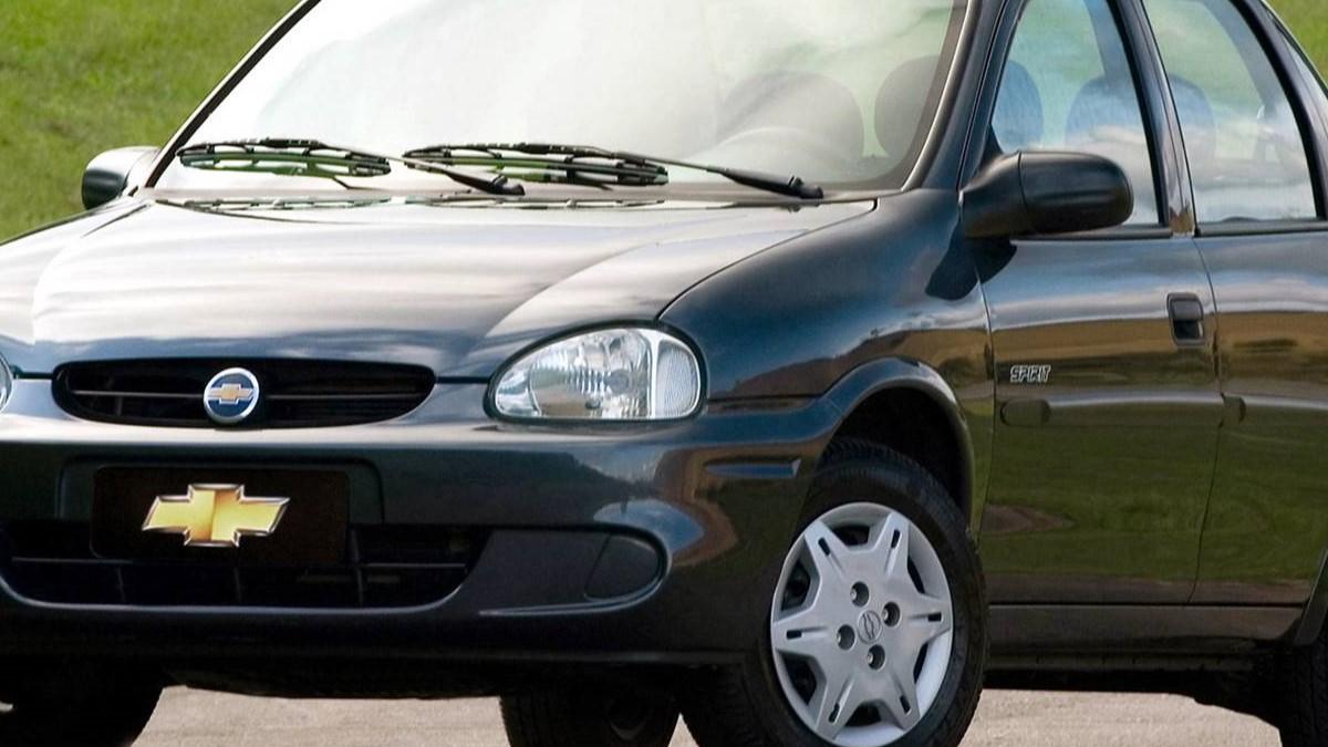 Carro da marca: Chevrolet Corsa.