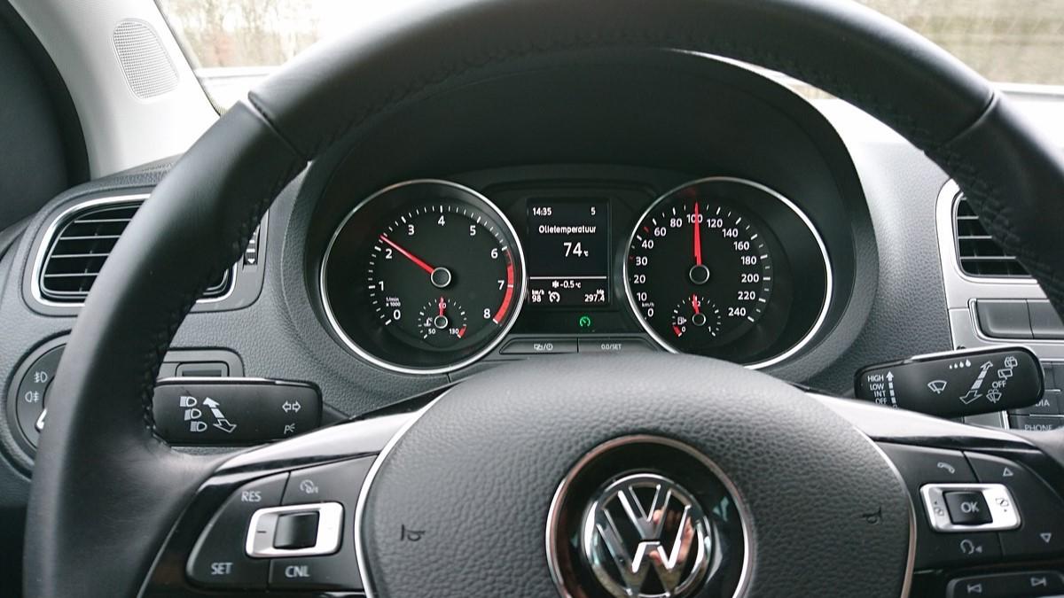 Carro da marca: Volkswagen Polo.